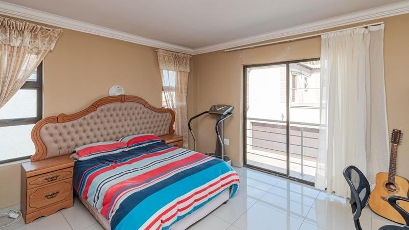 Property For Sale in Noordwyk, Midrand 22