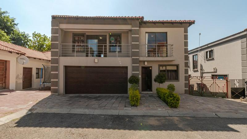 Property For Sale in Noordwyk, Midrand 2