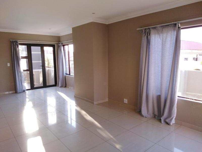 Property For Sale in Noordwyk, Midrand 4