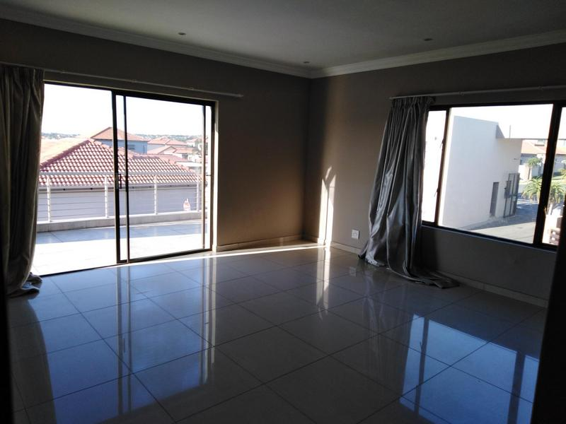 Property For Sale in Noordwyk, Midrand 14
