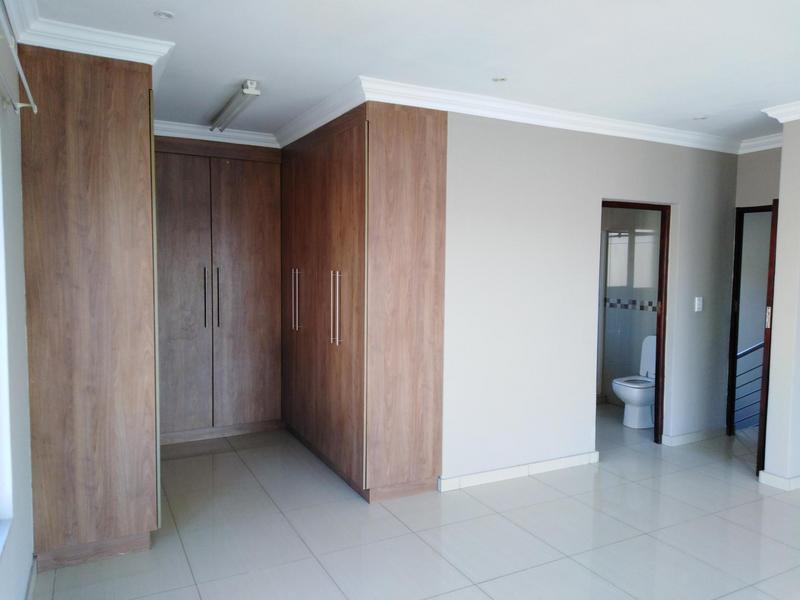 Property For Sale in Noordwyk, Midrand 15
