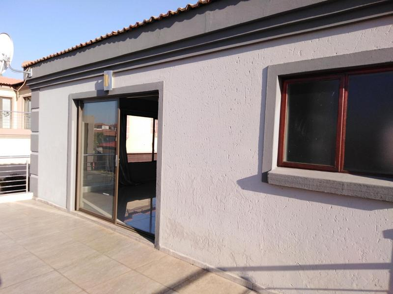 Property For Sale in Noordwyk, Midrand 18