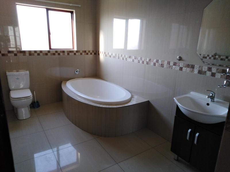 Property For Sale in Noordwyk, Midrand 20